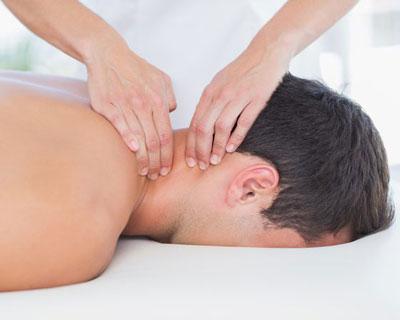 ماساژ درمان درد گردن