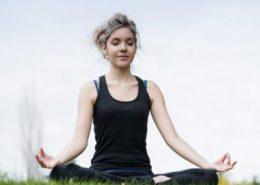 یوگا و درمان سردرد