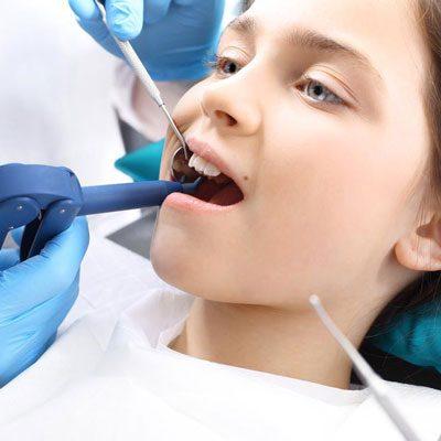 ایمپلنت دندان در کودکان